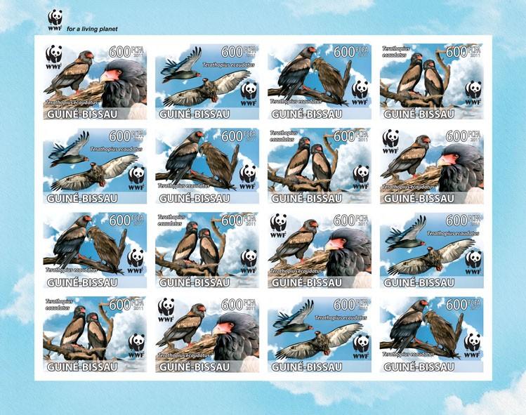WWF - Terathopius ecaudatus - Issue of Guinée-Bissau postage stamps