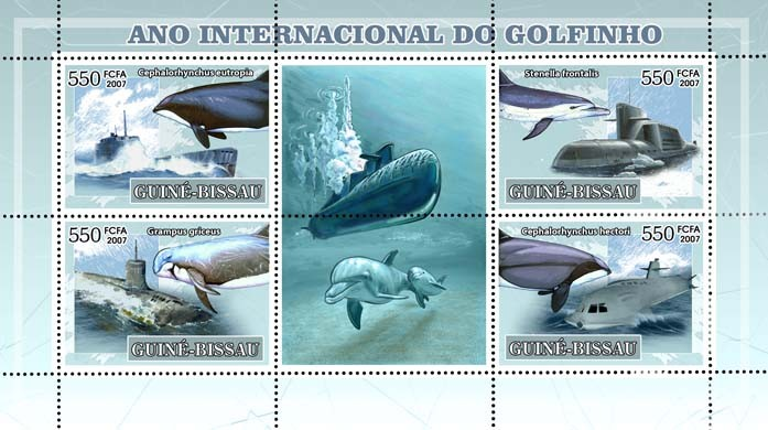 Int?ᄁ'l Dolphin Year, dolphins and submarines 4v - 550 FCFA - Issue of Guinée-Bissau postage stamps